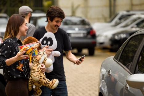 99 recebe doações de brinquedos em corridas de táxi para crianças carentes 2