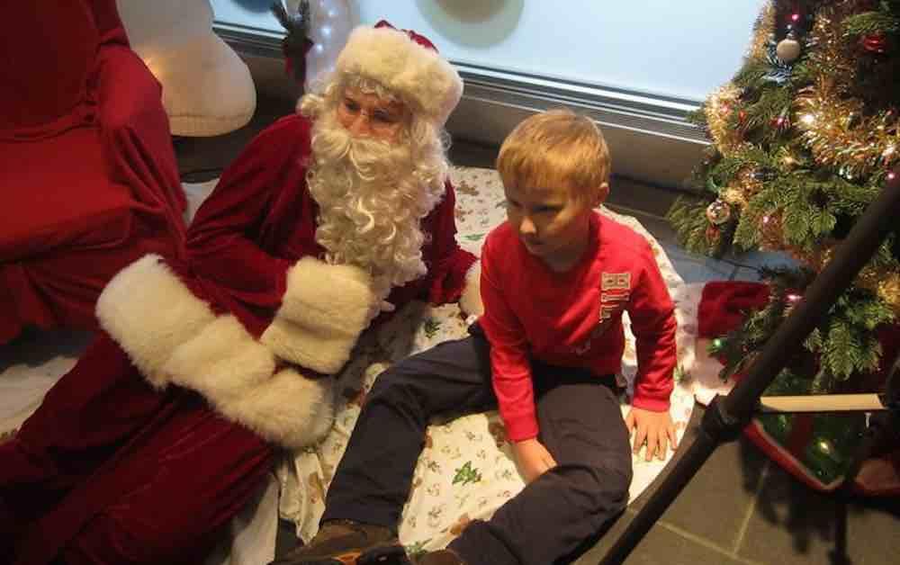 Papai Noel autista é a certeza de que nenhuma criança ficará fora da magia do Natal 4