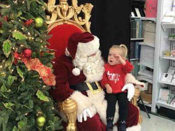 O pedido de natal dessa garotinha de 2 anos para o Papai Noel foi apenas um cochilo 1