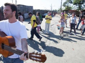 Brasileiro que faz a diferença em comunidades carentes ganha importante prêmio de inovação 8