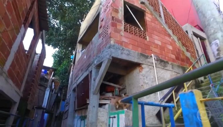 Estudante de engenharia reforma casas em comunidades do Rio cobrando preços populares 3