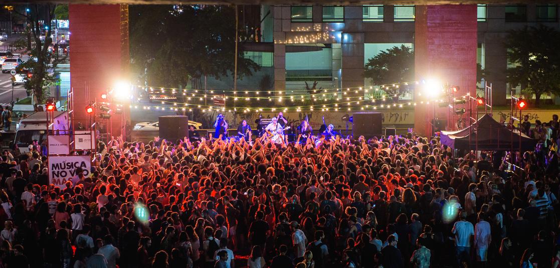 """Quinta-feira acontece o """"Música no Vão"""", com show grátis da Banda Aláfia e entrada gratuita para o MASP 2"""