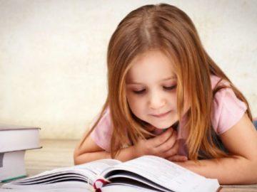 Mãe publica técnica eficaz para incentivar filha a ler e a história viraliza 3