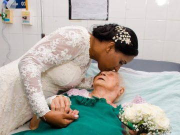 Noiva 'abandona' festa de casamento para visitar a mãe internada 13