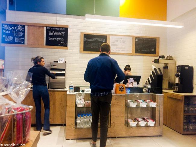Loja de comida saudável em São Paulo tem refil livre de café orgânico por R$ 10 5