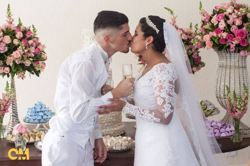 Corrente do bem realiza casamento de jovem que lutava contra leucemia 2