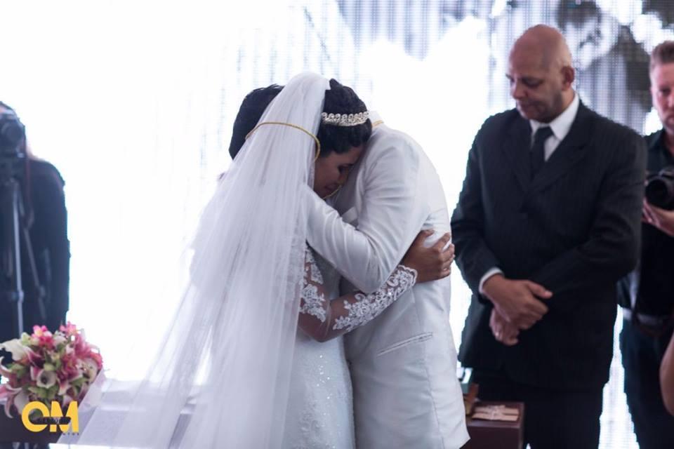 Corrente do bem realiza casamento de jovem que lutava contra leucemia 5