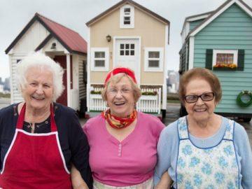 Voluntários reformam casa de família que adoecia por causa de condições precárias do imóvel 19