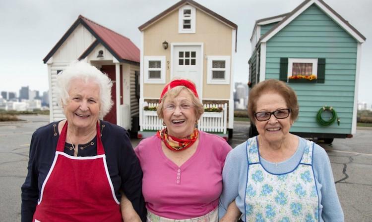 Idosos estão se mudando para pequenas casas móveis em busca de uma vida mais simples e livre 1