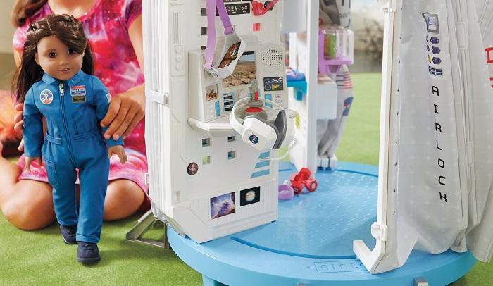 Boneca astronauta quer estimular meninas a correram atrás de seus sonhos 2
