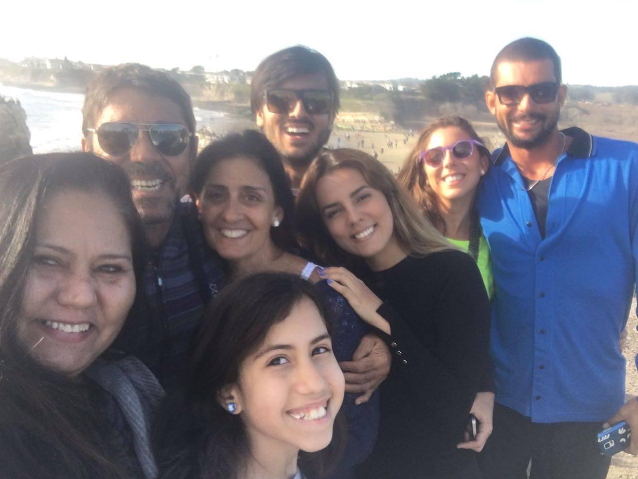 'Não perca a fé na humanidade': Americana doa US$ 10 mil para turistas brasileiros roubados na Califórnia 1
