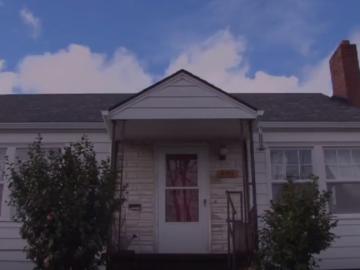 Voluntários reformam casa de família que adoecia por causa de condições precárias do imóvel 18