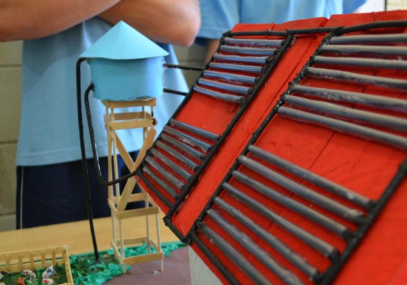 Jovens internos criam aquecedor solar sustentável que será construído em abrigo 2
