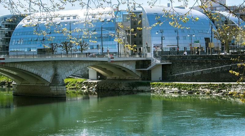 Oportunidade: Universidade francesa oferece bolsas de estudo para brasileiros 2