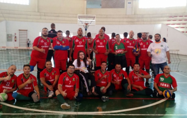Equipe de vôlei paralímpico lança campanha para arrecadar recursos para o time 3