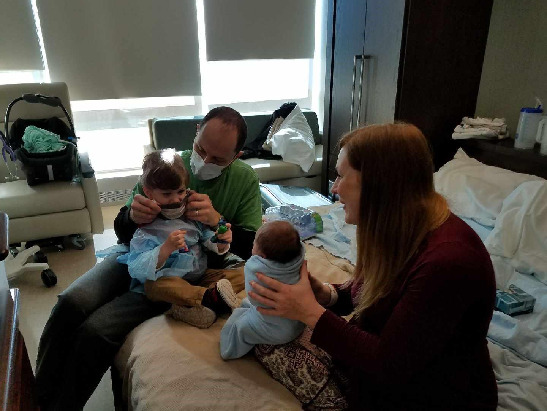 Depois de dolorosa fertilização in vitro, mãe faz linda homenagem ao filho que nasceu 3