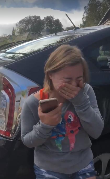 Jovem com Down cai no choro ao saber que conseguiu seu primeiro emprego 6
