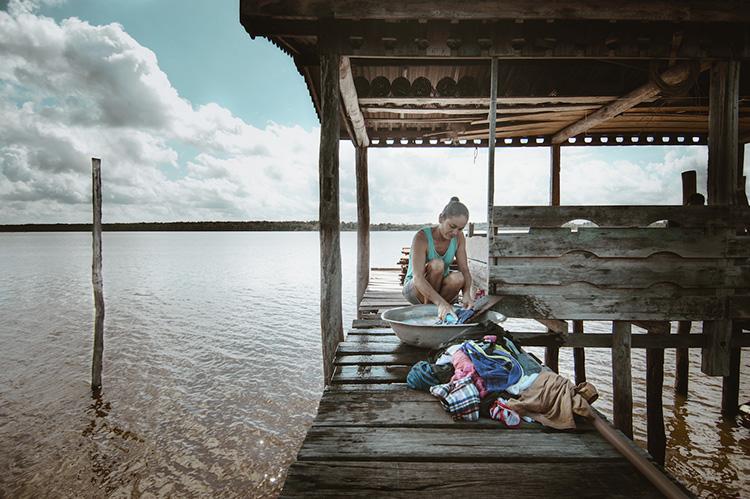 Fotógrafo registra o cotidiano encantador de Ribeirinhos no interior da Floresta Amazônica 4