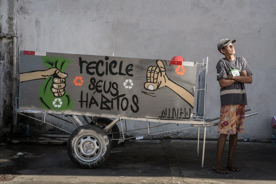 """Aplicativo brasileiro que é o """"Tinder da reciclagem"""" ganha prêmio de inovação em Paris 5"""