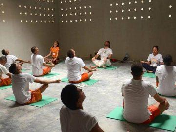 Sistema prisional do Ceará passa a oferecer aulas de Yoga para os internos 10