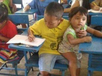 Garoto de 7 anos leva irmão menor à escola para não faltar na aula 6