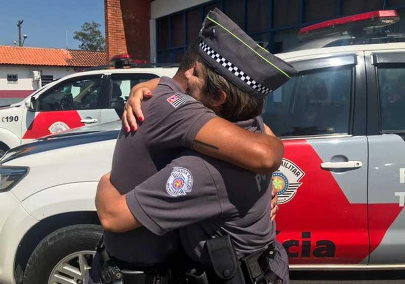 policial salvou colega 20 anos