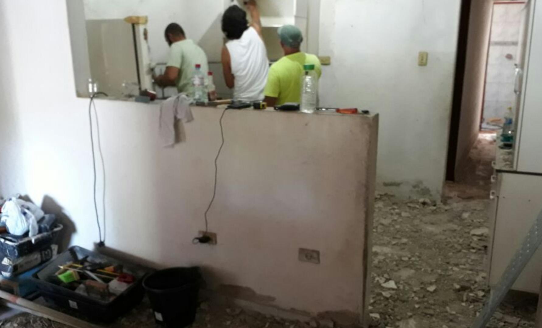 Voluntários se unem para reformar casa de mulher que estava desempregada e passando necessidade 2
