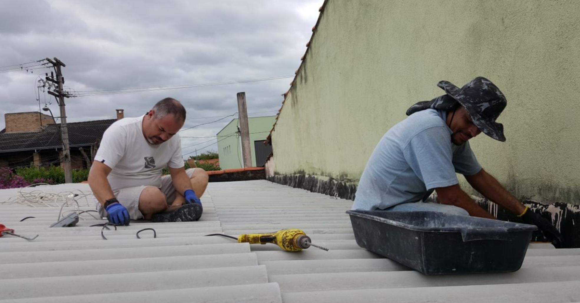 Voluntários se unem para reformar casa de mulher que estava desempregada e passando necessidade 4