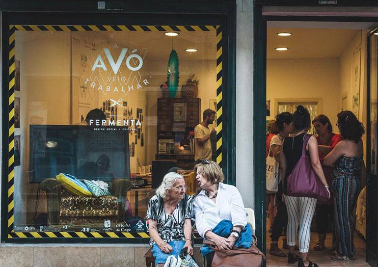 Empresa em Lisboa chama idosas acima de 65 anos para produzir objetos de design 5
