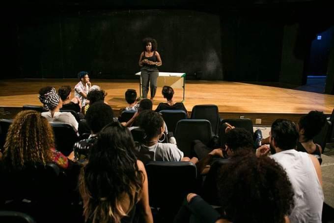 Paraisópolis ganhou uma escola de moda gratuita em parceria com a USP 2