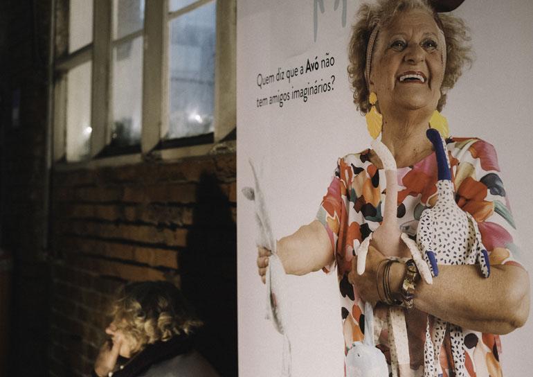 Empresa em Lisboa chama idosas acima de 65 anos para produzir objetos de design 13