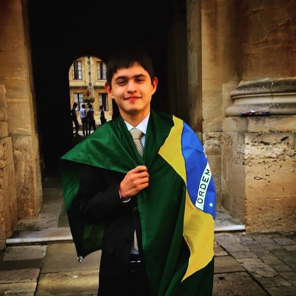 Aluno brasileiro de escola pública é aprovado nas 4 melhores universidades do mundo aos 17 anos 3