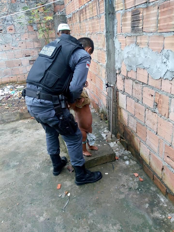 Policiais resgatam 2 bebês no domingo de Páscoa dando nova vida a eles 3