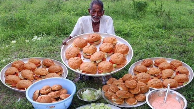 Vovô cozinha porções gigantes para crianças órfãs na Índia 1