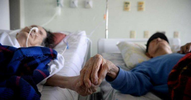 Idosos casados há 82 anos adoecem juntos e pedem para ficar internados no mesmo quarto em hospital do DF 1