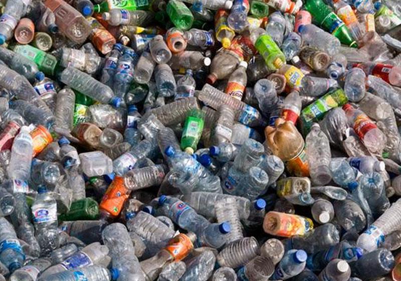 Cientistas desenvolvem enzima que come o plástico 3