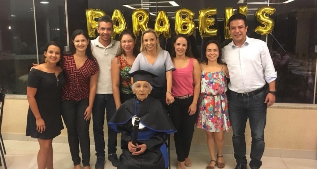 Idosa realiza sonho antigo e se termina ensino médio aos 91 anos 3