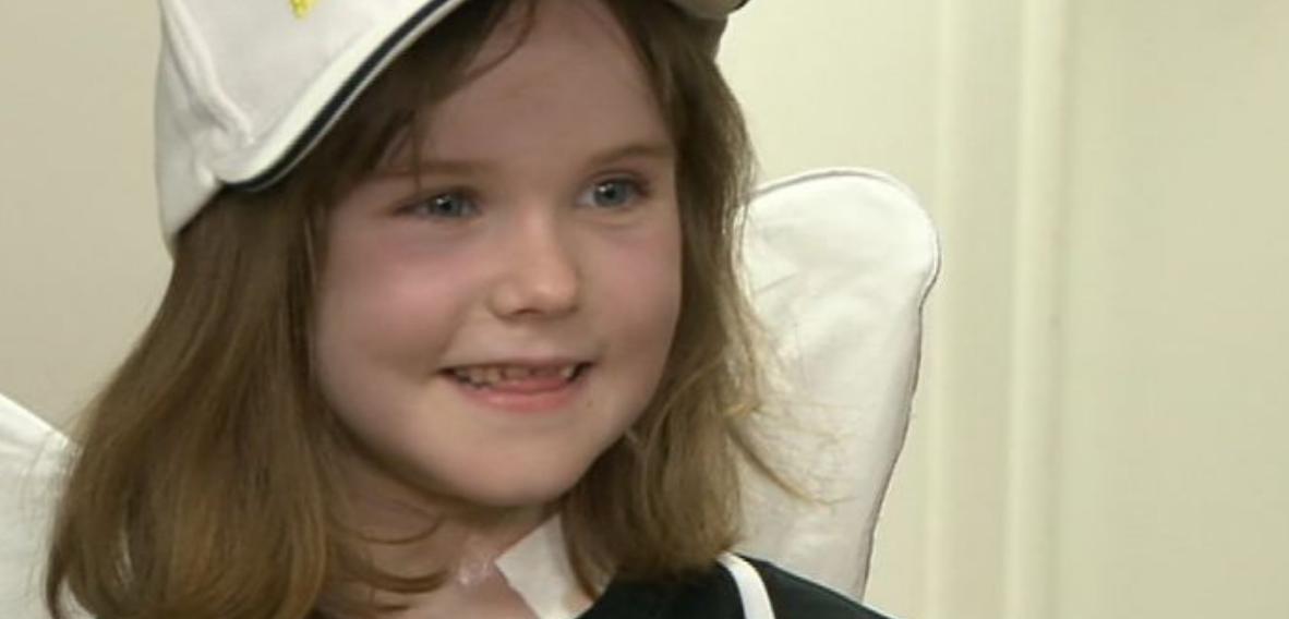 Pela primeira vez robô é usado para retirar um 'tumor inoperável' de menina de 6 anos 1