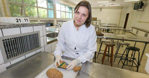 Professora da USP encontra maneira de ensinar anatomia para aluna deficiente visual 1
