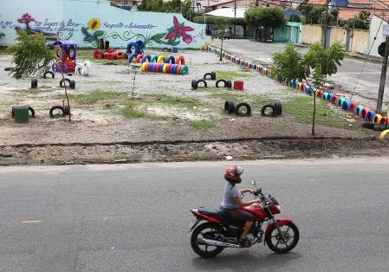 lixão-transformado-area-lazer-rua-moto