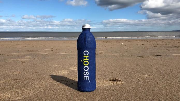 garrafa-de-água-areia-praia