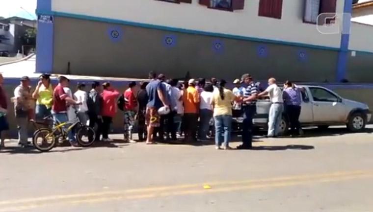 greve caminhoneiros produtor doa leite lagoinha