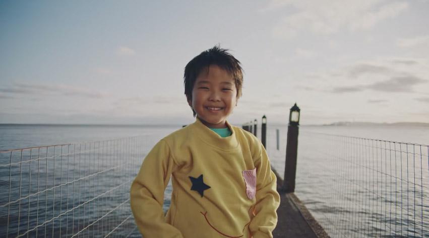 doação-roupas-criança-ponte