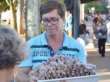 vendedor de amendoim forma direito petrópolis