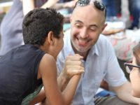 bauducco dia fatia ajudar crianças