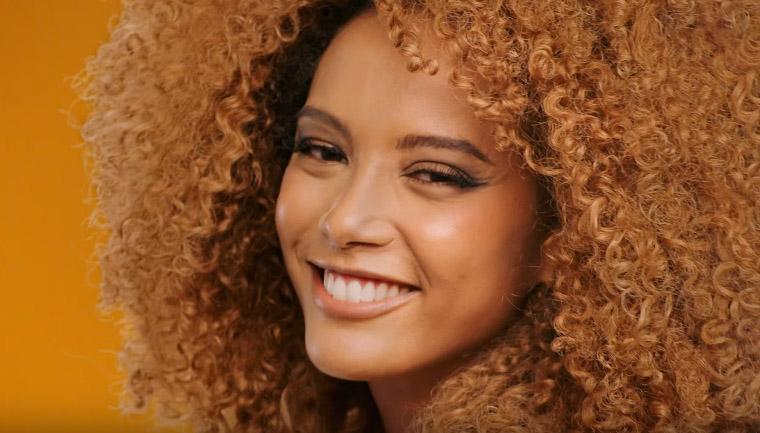 cabelos lisos dominam menos publicidade televisão