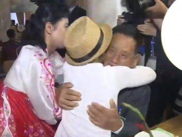 familiares coreanos se encontram sete décadas depois