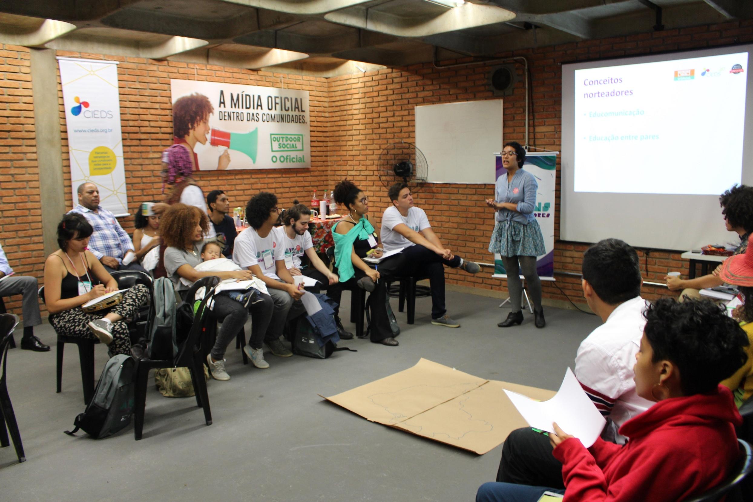 jovens comunicadores periferias contam histórias juventude