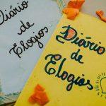 professora caderno de elogios autoestima alunos