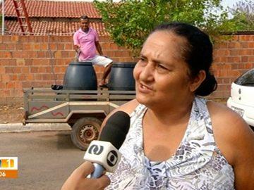 moradora água vizinhos 2 meses sem abastecimento